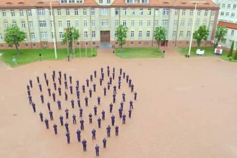Akademia Marynarki Wojennej w akcji #GaszynChallenge