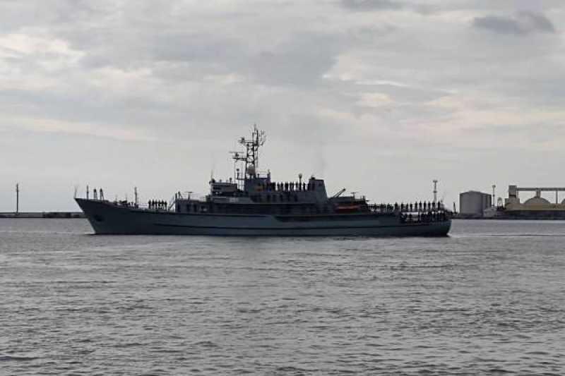 Midshipmen ship-based navigational practice aboard ORP WODNIK